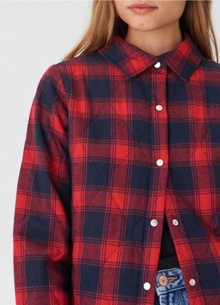 Трендовая куртка рубашка с карманами
