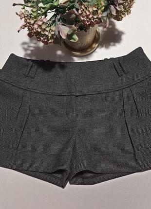 Теплые шорты - тренд 2020 (38 размер)