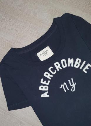 Продается стильная футболка  от abercrombie