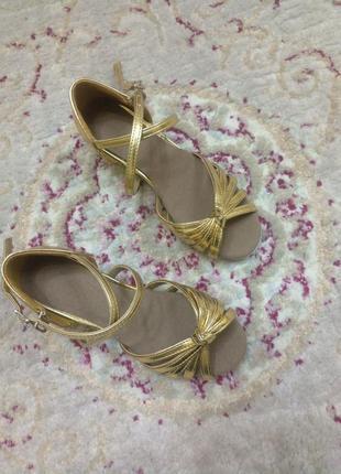 Туфли для бальных танцев золото, есть размеры