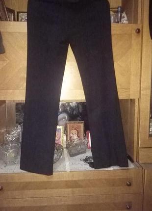Женские брюки на боковой застёжке