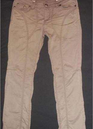 Фирменные брюки цвета кофе с молоком