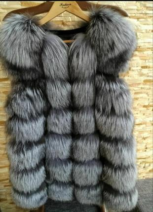 Продам жилетку из натурального меха чернобурки