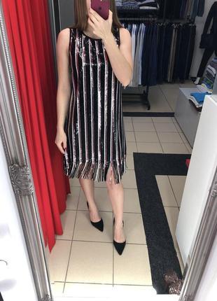 Красивое платье в паетки итальянского бренда rinascimento (95)