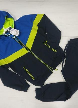 Классный спортивный костюм на 8-10 и 11-12 лет