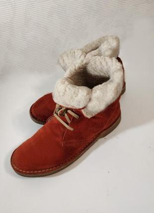 Ботинки дезерты испания теплые с мехом, сост. новых, брендовая обувь по доступной цене!