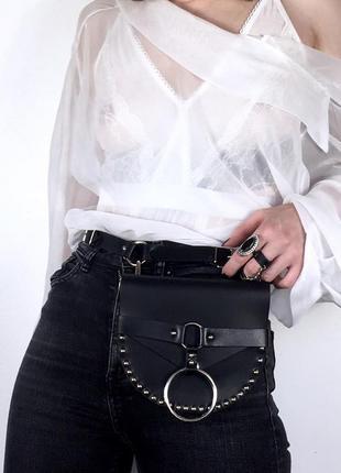 Поясная сумка карман кобура с заклепками. вестерн ковбойская сумка тренд