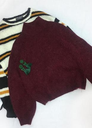Бордовый свитер с шерстью