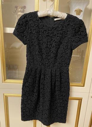Чёрное платье bgn размер s