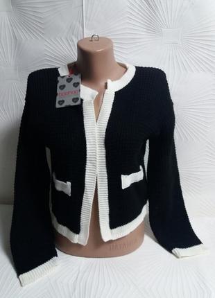 Симпатичный пиджачок в стиле коко шанель