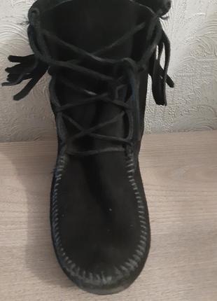 Великолепная замша ,низкие удобные как тапочки черные ботинки