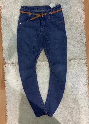 Крутые джинсы с матней  бренд humor