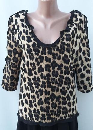 Актуальная кофточка в леопардовый принт