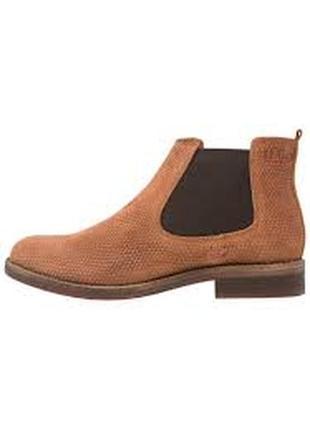 Замшевые ботинки  s.oliver 38р