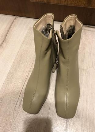 Ботильоны квадратный носок кожа 39 размер