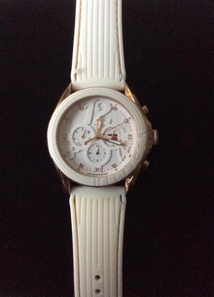 Часы наручные tommy hilfiger оригинал за 1200 грн