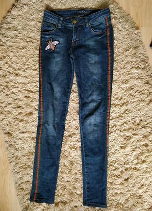 Итальянские джинсы гуччи gucci высокая посадка, зауженные с лампасами, оригинал