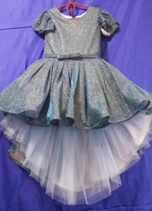 Платье 6-7 лет пышное бальное серебро люрекс блестящее праздничное