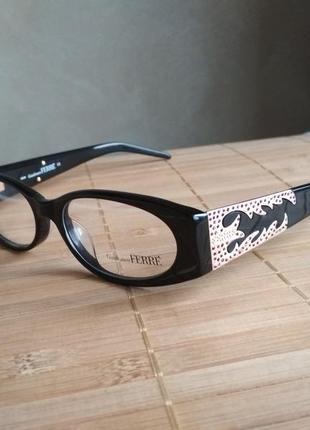 Фирменная оправа под линзы,очки с камнями swarovski оригинал g.ferre gf361 04