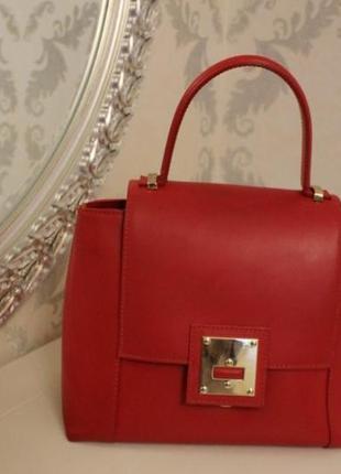 Красная кожаная сумка с ручками genuine leather. италия!