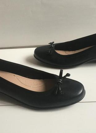 Кожаные туфли р.38-39