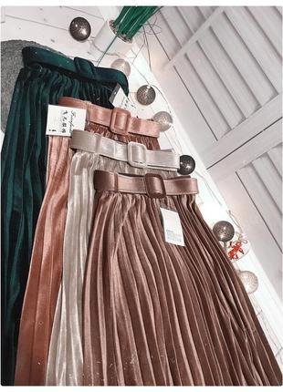 Бархатная юбка плиссе с поясом