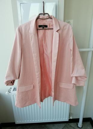 Неймовірний сатиновий піджак жакет пудрового кольору 52-54 / пиджак пудра