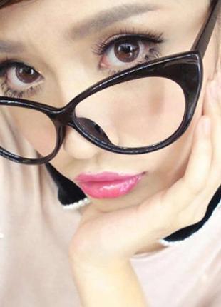 Ретро очки  кошачьи глаза  с прозрачными защитными стеклами