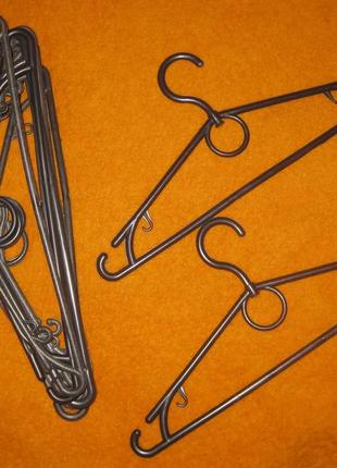 Плечики,  вешалки для одежды, тремепели - набор в одни руки 10 штук