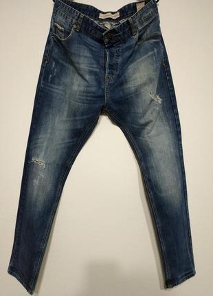 W33 l33 bershka slim fit рваные джинсы зауженные узкачи штаны