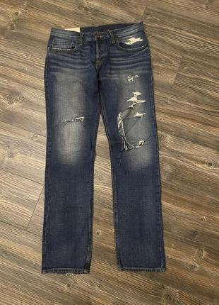 Hollister джинсы.