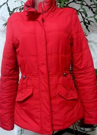 Красная женская молодежная куртка 46-48разм polar bear