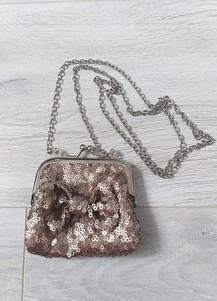Крохотная сумочка на цепочке сумка на цепочке