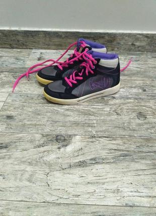 Кросовки для девочки 32