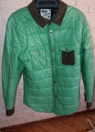 Демісезонна чоловіча куртка