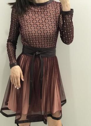 Шикарное кукольное вечернее платье с сеткой