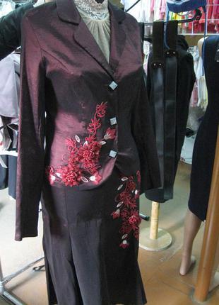 Нарядный костюм-двойка (пиджак, юбка) р.m-l