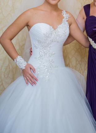 Свадебное платье р-р xs-s для стройной изящной девушки