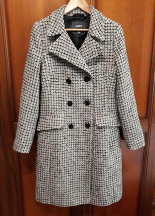 Mexx новое#брендовое#демисезонное полу шерстяное пальто в клетку, 45% шерсть, букле.