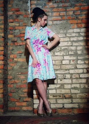 Ретро платье винтаж emily rose миди расклешенное в принт цветы с поясом на пуговицах