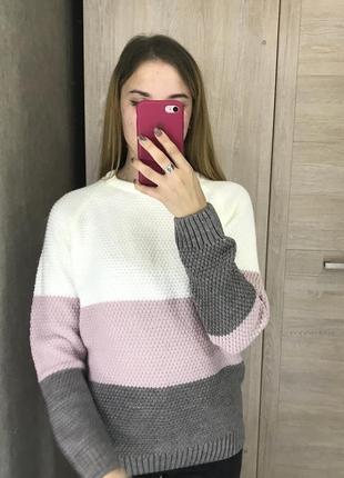Свитер джемпер кофта трехцветная с красивым узором тренд хит зимы весны 2020