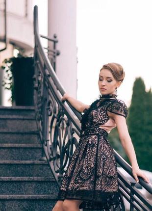 Шикарное кружевное платье / шикарна мереживна сукня