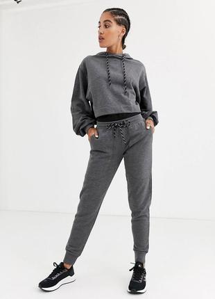Новые спортивные штаны/ джогеры темно серые размер хс