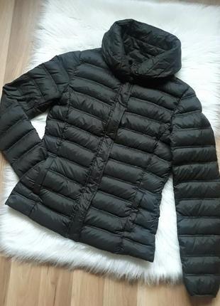 Легкая короткая демисезонная пуховая куртка пуховик анорак mango темно-серая