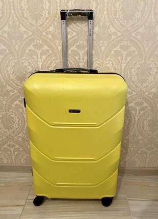 Чемодан валіза сумка дорожная на колесах пластиковый поликарбонат1 фото