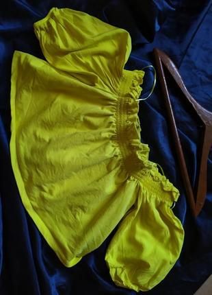 Котоновый топ укороченная блуза zara с рюшами