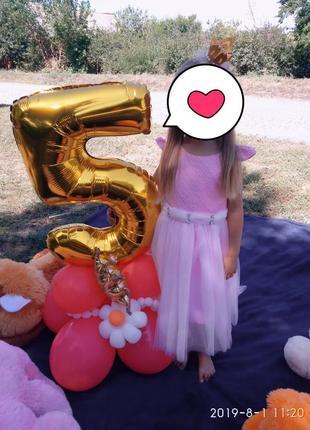 Красивое нарядное платье для девочки,рост 110