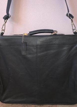 Большая кожаная дорожная, командировочная сумка на/ через плечо marks & spencer.