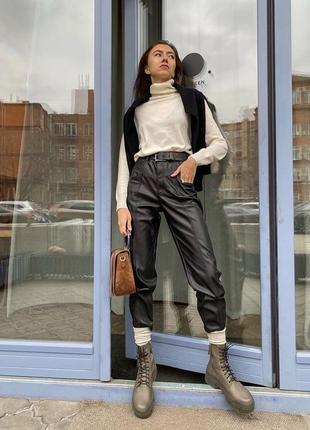 Кожаные брюки штаны zara из искусственной кожи