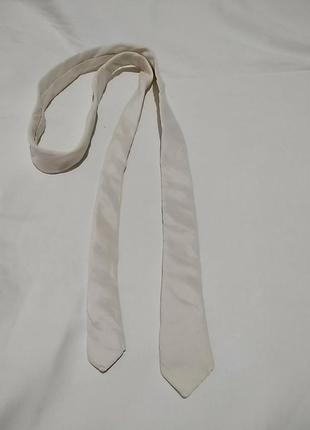 We. шелковый узкий галстук молочного цвета